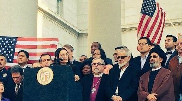 """Love Conquers All"" – Faith Leaders Challenge Trump via Upworthy"