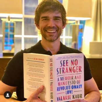 Chris Gorham with See No Stranger book