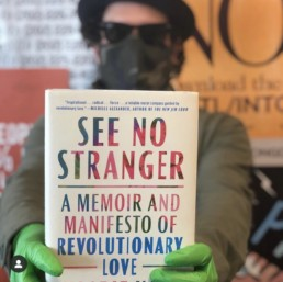 Mike De La Rocha with See No Stranger book